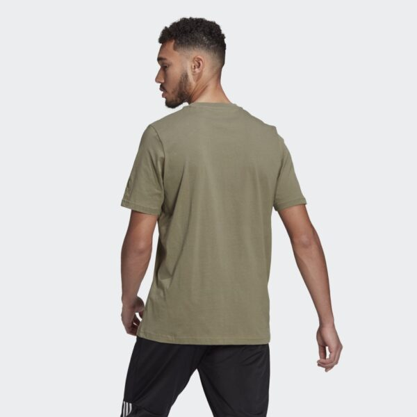 Camiseta_Essentials_Embroidered_Linear_Logo_Gris_GL0059_23_hover_model